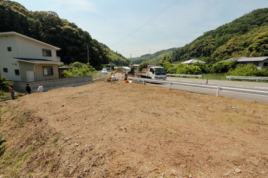 徳島 市八万町 手打ちそば遊山 整地中の敷地